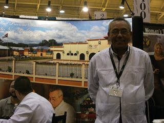 """A True Artist – A Visit to the Don Pepin Garcia """"My Father Cigars"""" Lounge (Tales From the IPCPR Part 12)"""