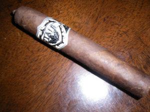 Cigar Review: Viaje Exclusivo Short