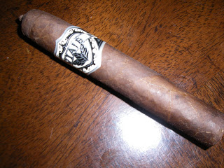 Cigar Review: Viaje Exclusivo Short