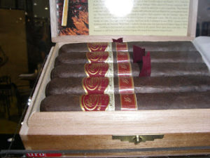 Cigar Preview: Padron Family Reserve 85th Maduro – aka Family Reserve No 47  (Part 9 of the 2011 IPCPR Series)