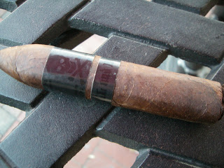 Cigar Review: Viaje Skull and Bones Mystery Box-press 2011