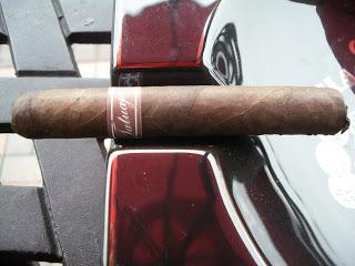 Cigar Review: Tatuaje Petite Cazadores Reserva