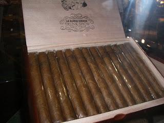 Cigar Preview: La Gloria Cubana Trunk Show Twenty Twelve Liga LR-1