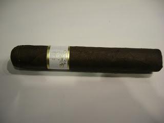 Cigar Pre-Review: Tres Reynas