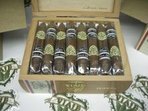Cigar Preview: Viaje Oro Collector's Edition and 2012 Oro