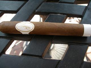 Cigar Review: Davidoff White Edition 2012
