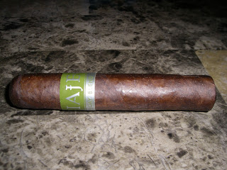 Cigar Review: Viaje Holiday Blend 2012