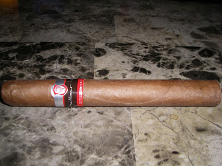 Cigar Review: Guillermo León Signature by La Aurora