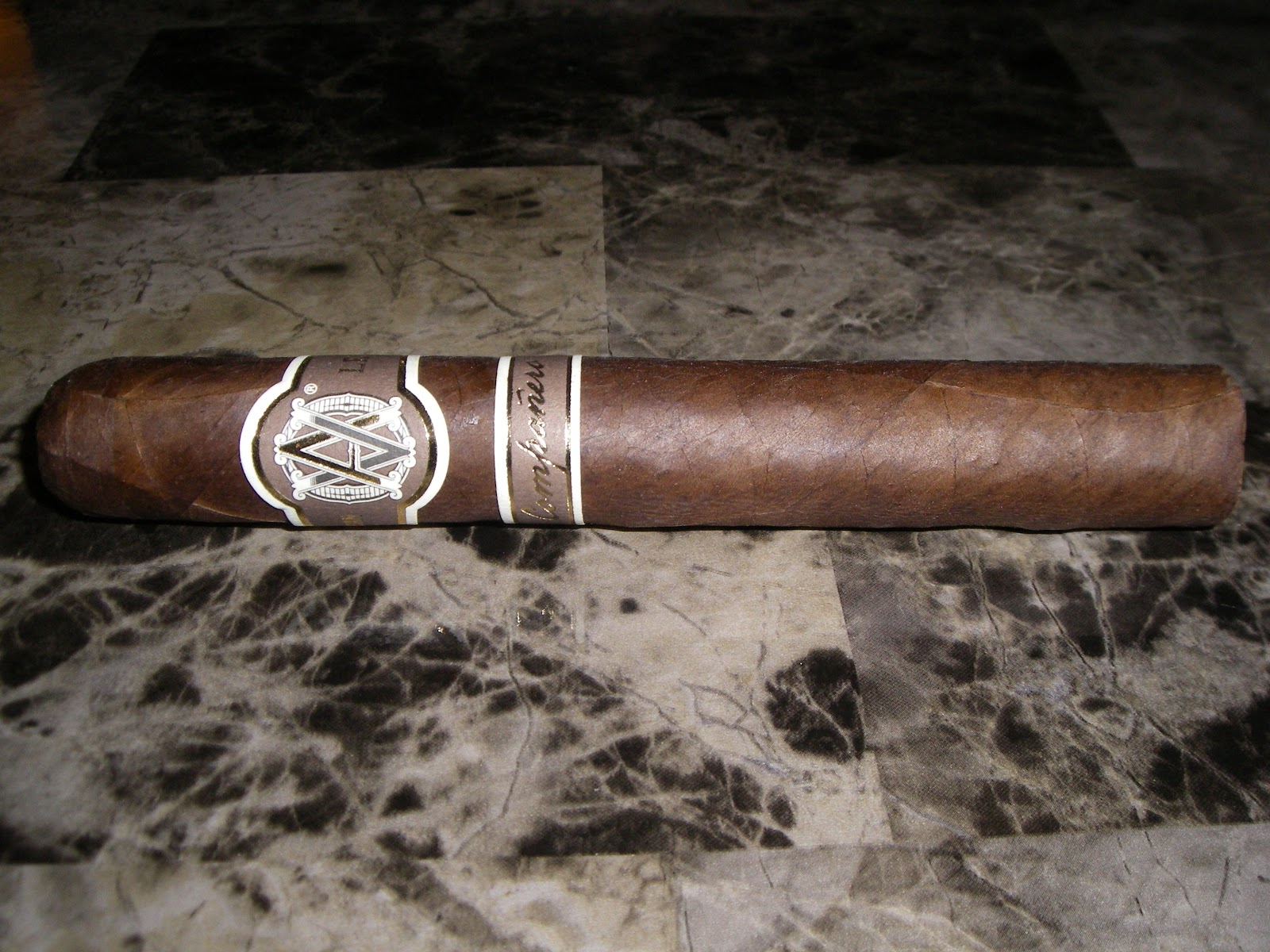 Cigar Review: Avo Limited Edition 2009 Compañero (Avo LE 09)