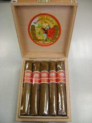 "Cigar News: Arango Cigar Company Adds Romeo y Julieta to Exclusive ""Clasico"" Series."