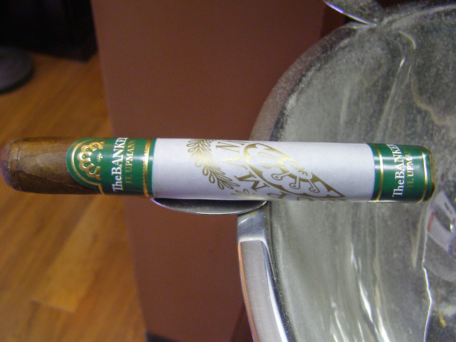 Cigar Review: H. Upmann – The Banker by Altadis USA