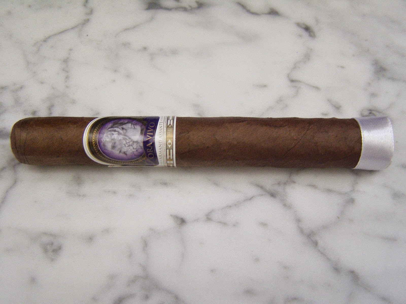 Cigar Review: Ora Vivo Armand Assante (European Edition) Genios by Legacy Brands