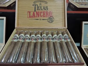 Cigar News: Alec Bradley Texas Lancero Showcased at 2014 IPCPR Trade Show (Cigar Preview)