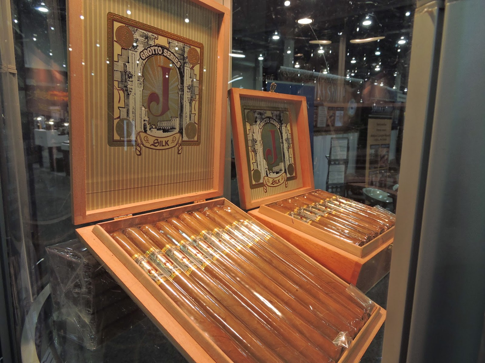 Cigar News: J. Grotto Silk Lancero Launched at 2014 IPCPR Trade Show (Cigar Preview)