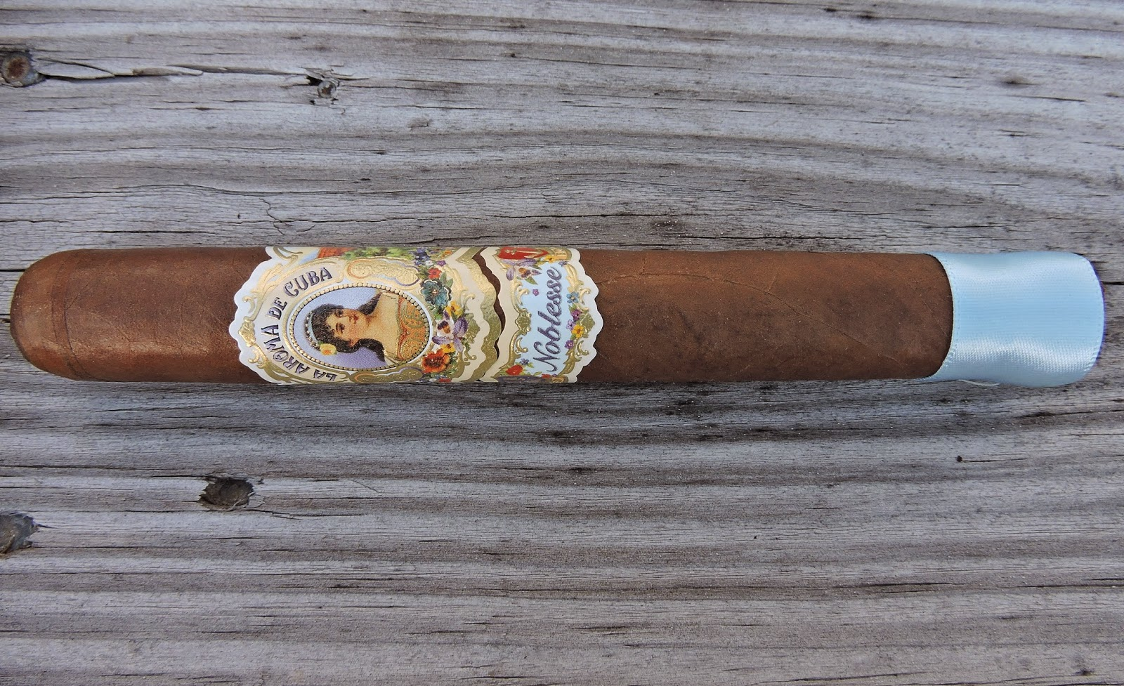 Cigar Review: La Aroma de Cuba Noblesse by Ashton Cigars