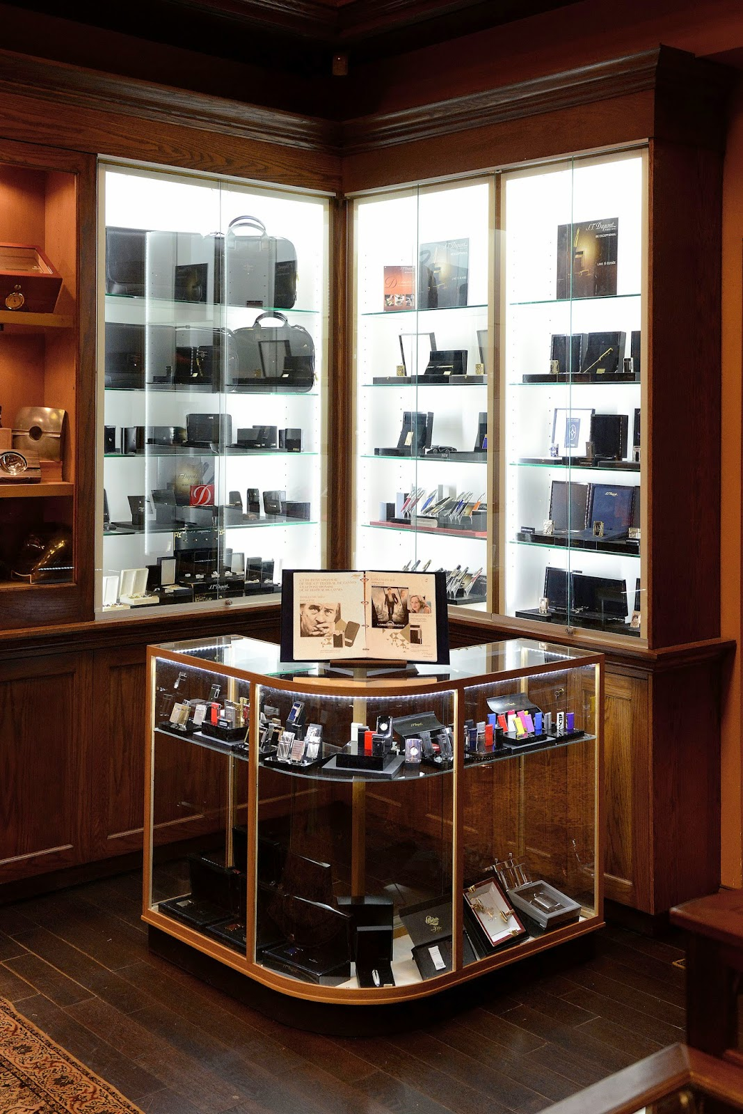 Cigar News: S.T. Dupont to Open Shop-in-Shop at Nat Sherman Townhouse in New York