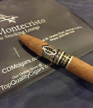 Cigar News: Quesada Selección España Beli-Lance and Fabulosos Heading to Casa de Montecristo in Illinois