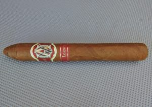 Cigar Review: Avo Limited Edition 2004 – Avo Legacy (Avo LE04) (Part of Avo's Greatest Hits Sampler)
