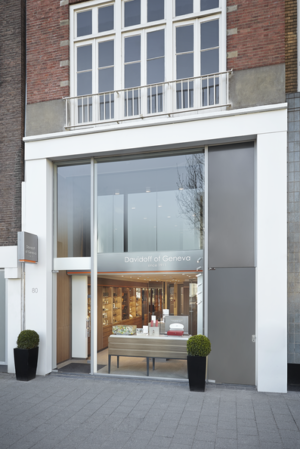 Cigar News: Davidoff Flagship Store Opens in Amsterdam