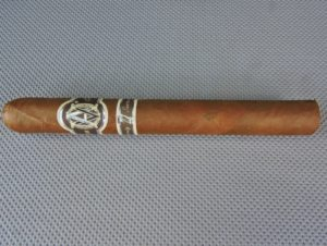 Cigar Review: Avo Limited Edition 2003 – Avo 77 (Part of Avo's Greatest Hits Sampler)