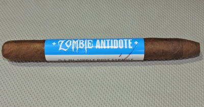 Agile Cigar Review: Viaje Zombie Antidote 2015