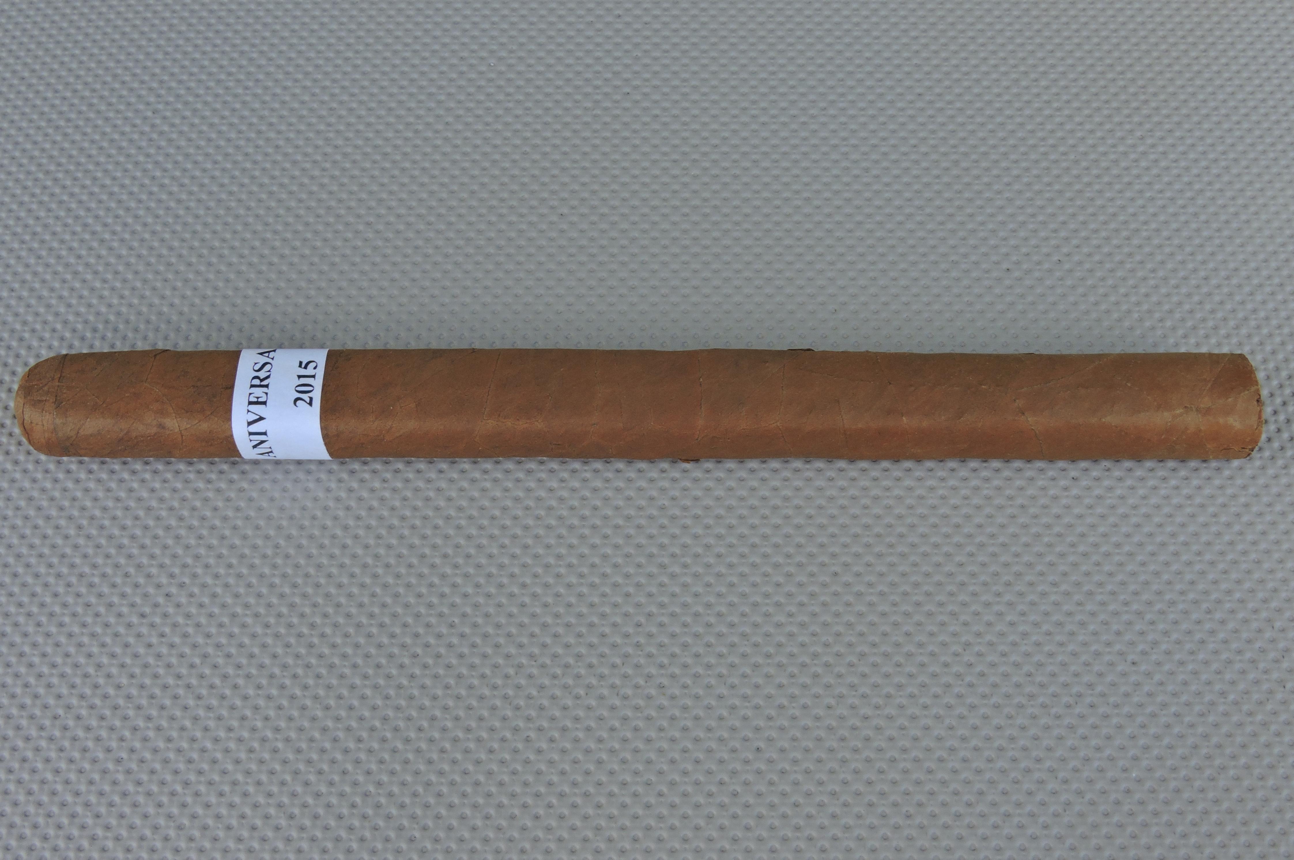 Cigar Pre-Review: Casa Fernandez Aniversario 2015 Voleur
