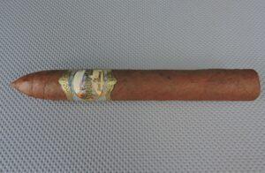 Agile Cigar Review: Las Cumbres Tabaco Señorial Belicoso No. 2 by José Blanco