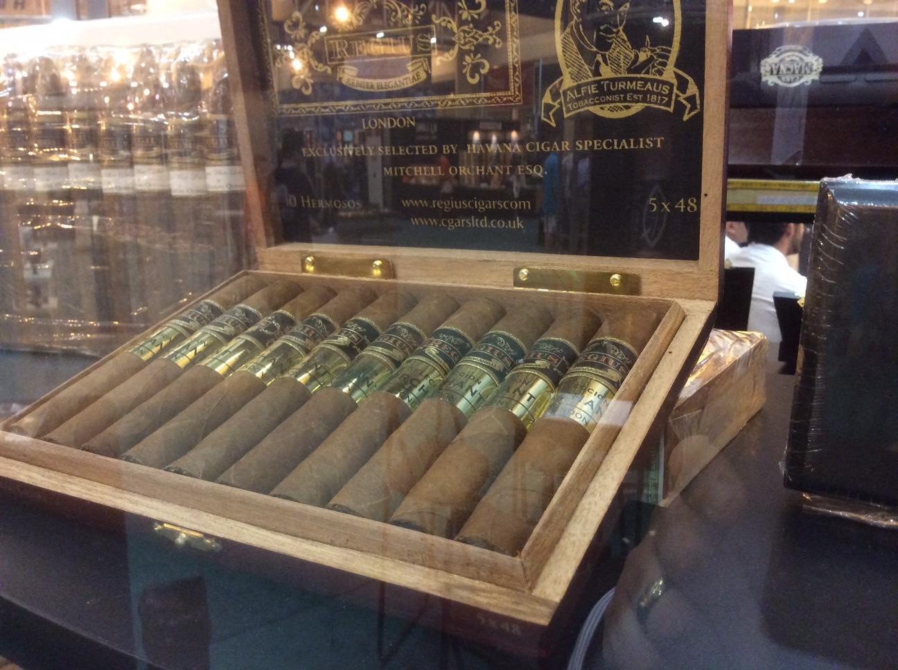Cigar News: Regius Seleccion Orchant 2015 Edition Adds Hermoso