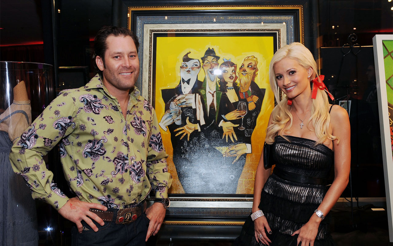 "LAS VEGAS - JUNE 02:  Artist Todd White and Holly Madison attends the 70th anniversary of ""the Wizard Of Oz"" at Planet Hollywood Resort and Casino on June 2, 2009 in Las Vegas, Nevada.  (Photo by Denise Truscello/WireImage) *** Local Caption *** Todd White; Holly Madison"