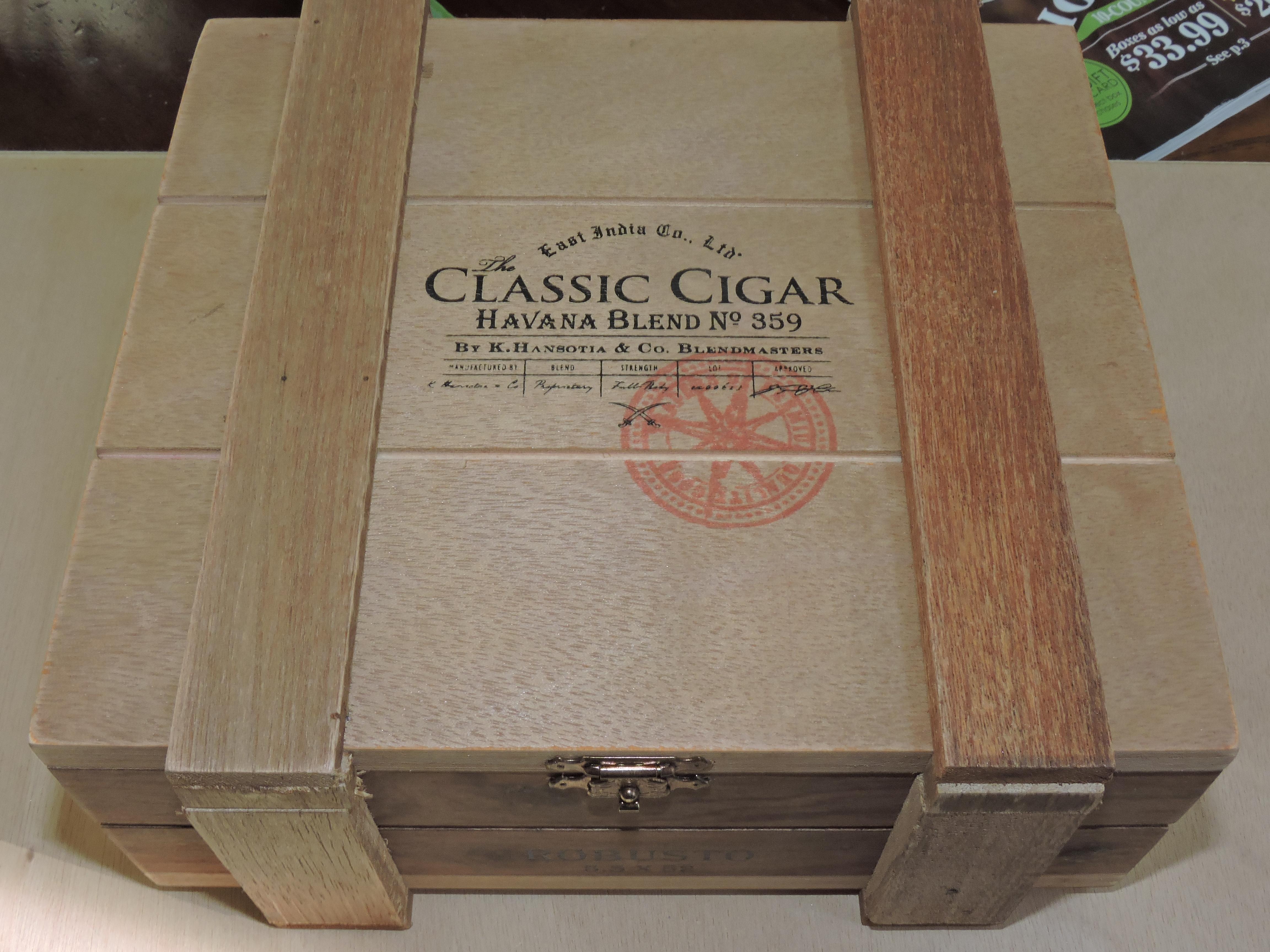 Cigar News: East India Trading Company Classic Cigar Havana Blend Lancero Debuts at 2015 IPCPR
