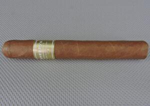 Cigar Review: Ernesto's Humidor No. 1 Edición Connecticut 2015 by E.P. Carrillo