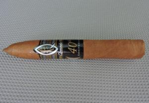 Cigar Review: Quesada 40th Anniversary Petite Belicoso Clasica