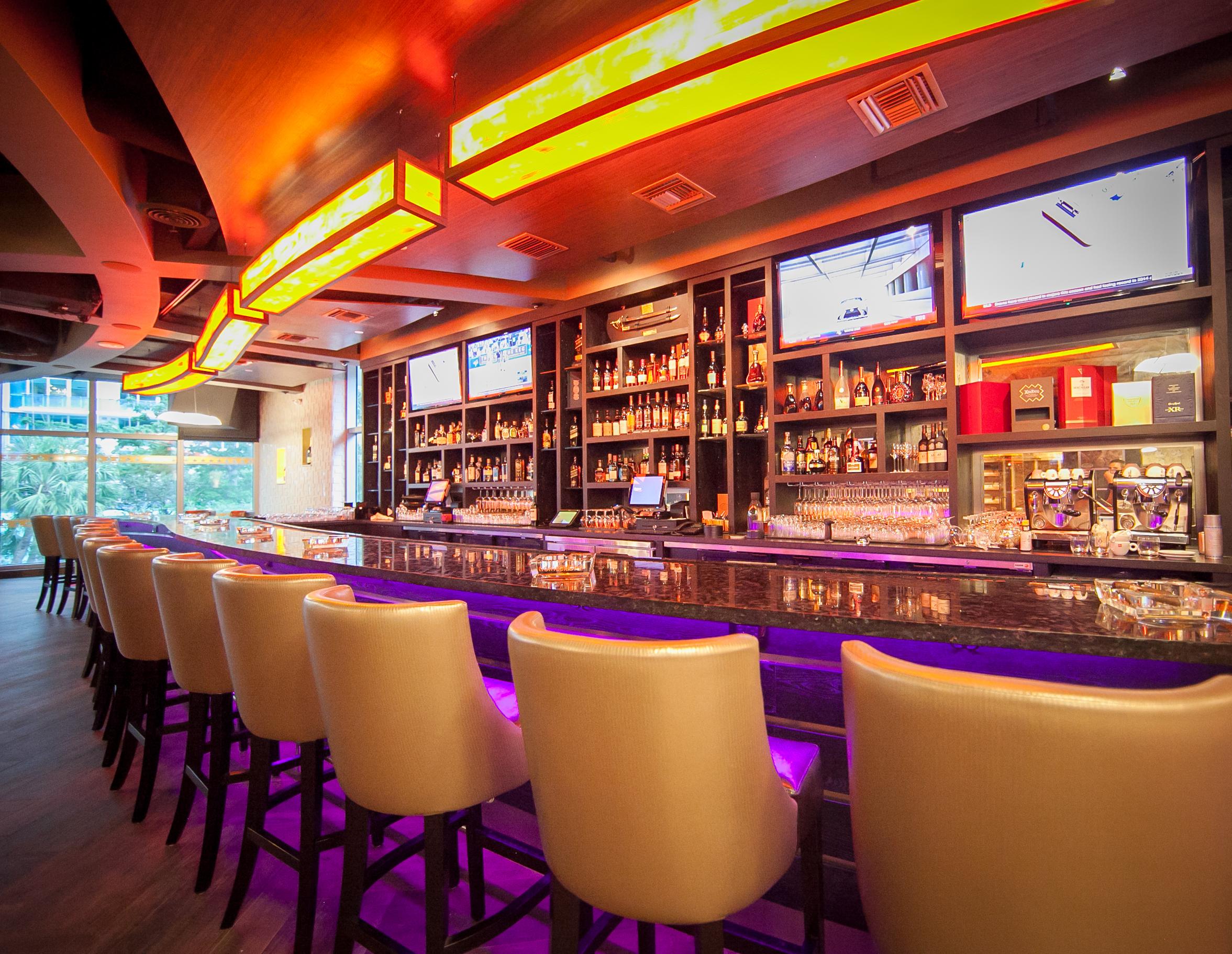 Cigar news casa de montecristo by prime cigar whiskey - Bar para casa ...