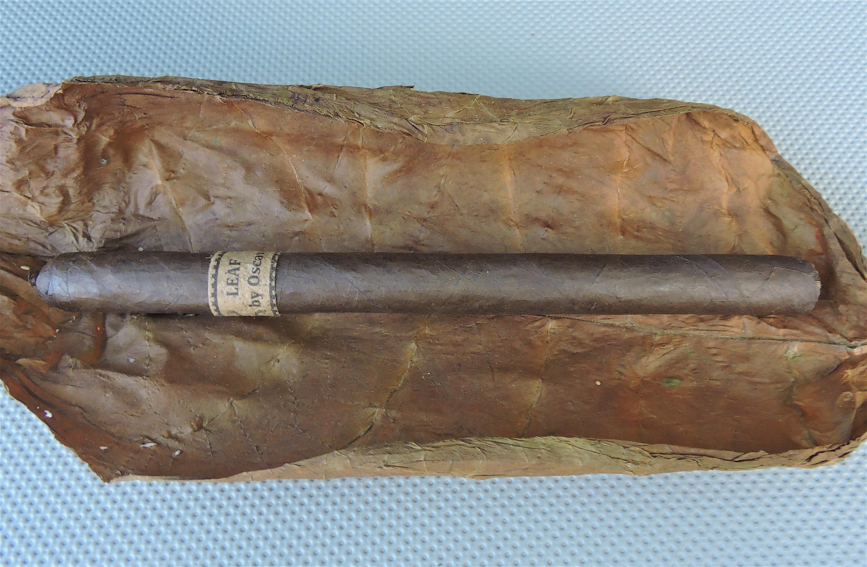 Agile Cigar Review: Leaf by Oscar Maduro Lancero