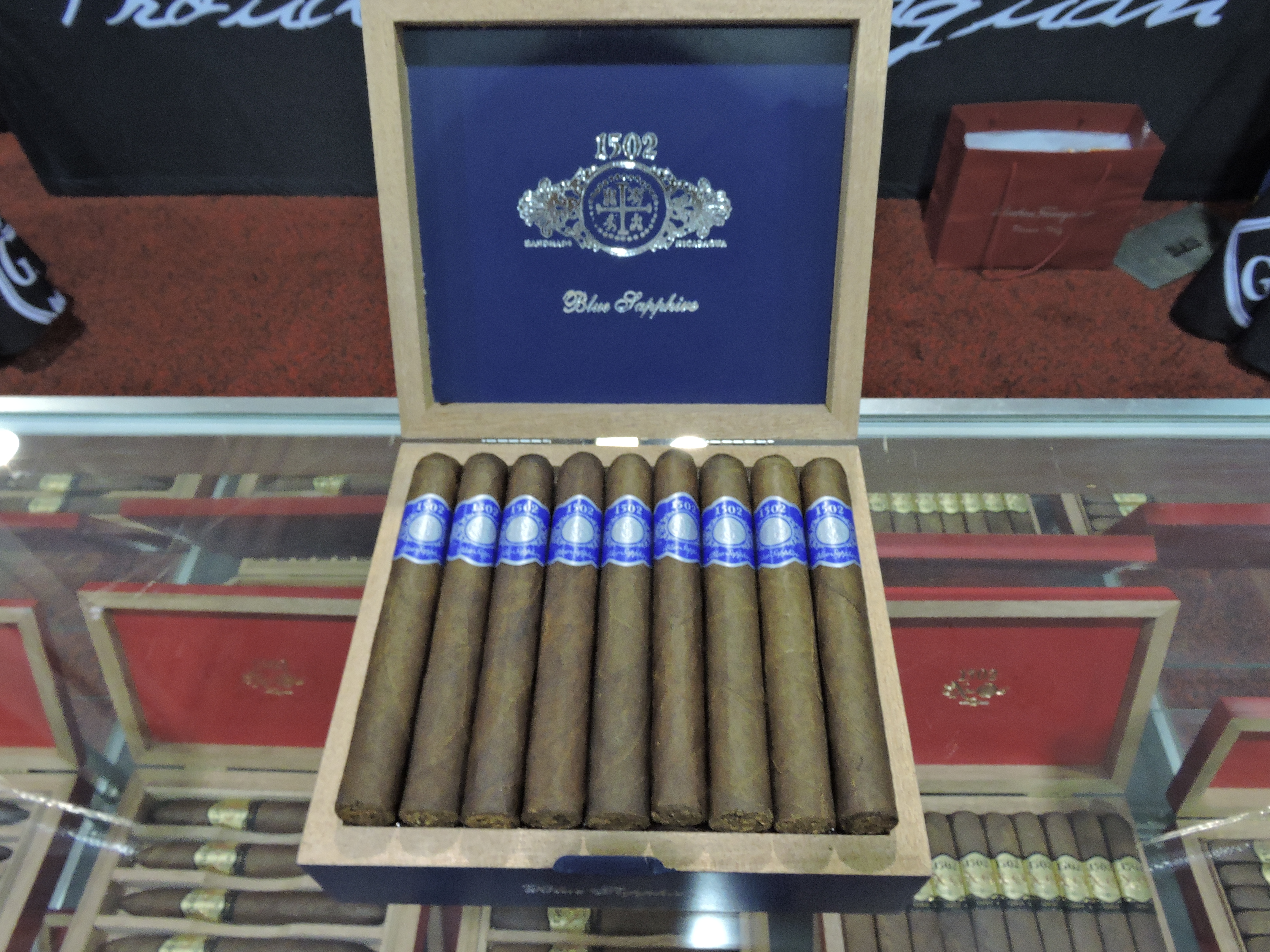 Cigar News: 1502 Cigars' 1502 Blue Sapphire Makes Debut at 2016 IPCPR