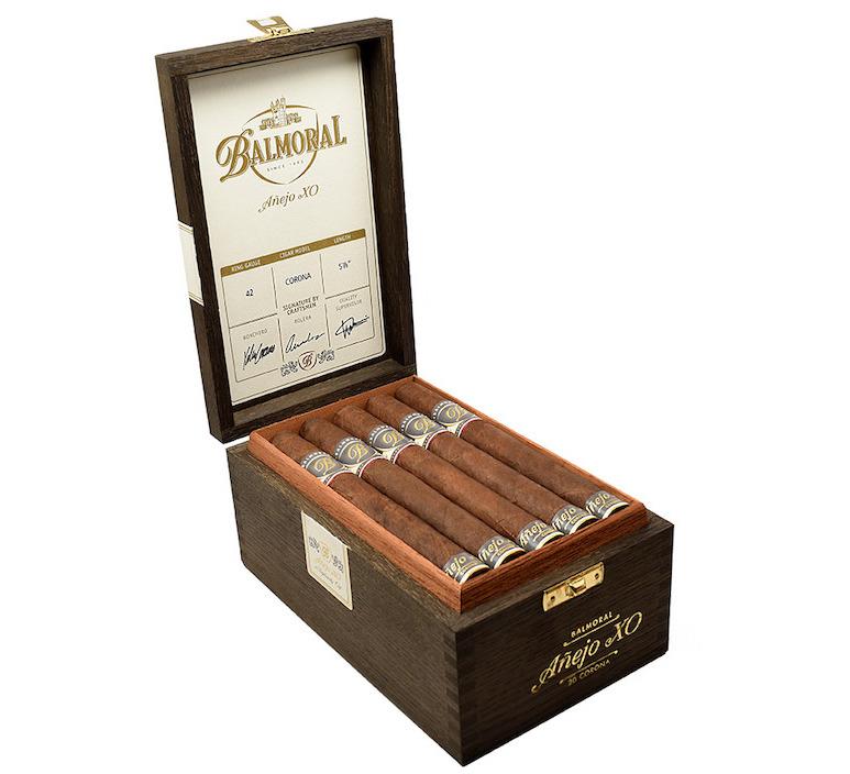 Balmoral-Anejo-XO-Corona-Box