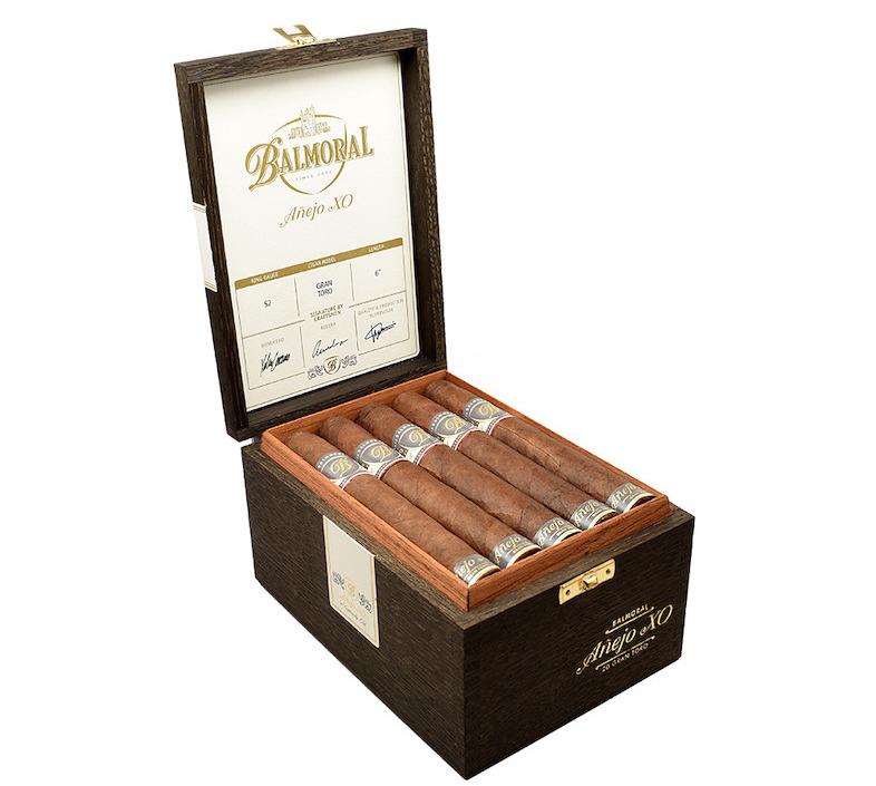 Balmoral-Anejo-XO-Gran-Toro-Box
