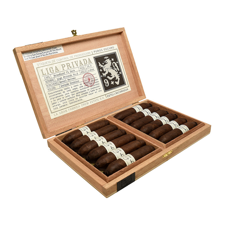Liga-Privada-No9-Flying-Pig-Box