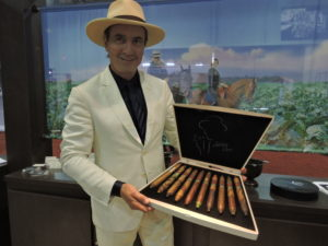 Feature Story: Spotlight on La Flor Dominicana at 2016 IPCPR