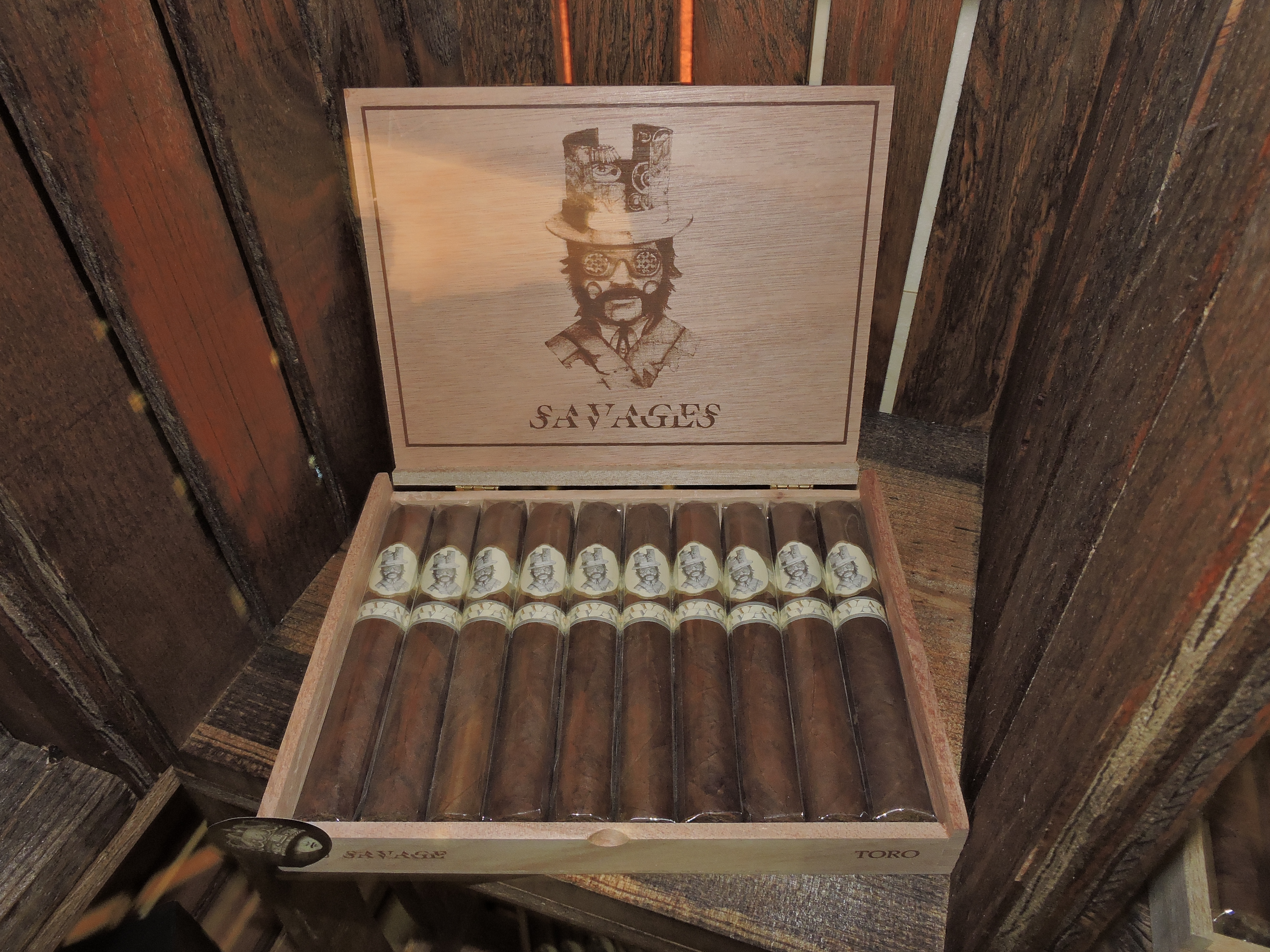 Cigar News: Caldwell Cigar Company Unveils Savages at 2016 IPCPR