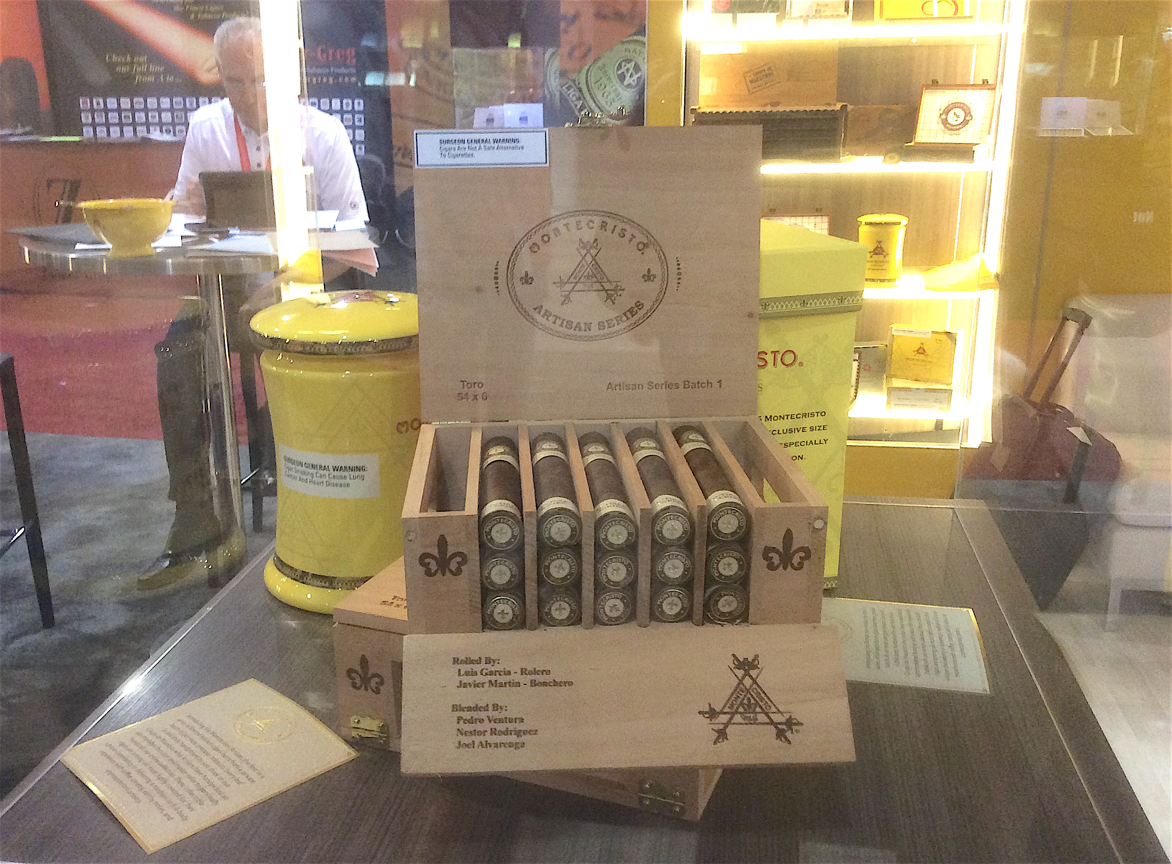 Cigar News: Montecristo Artisan Batch 1 Unveiled by Altadis USA at 2016 IPCPR