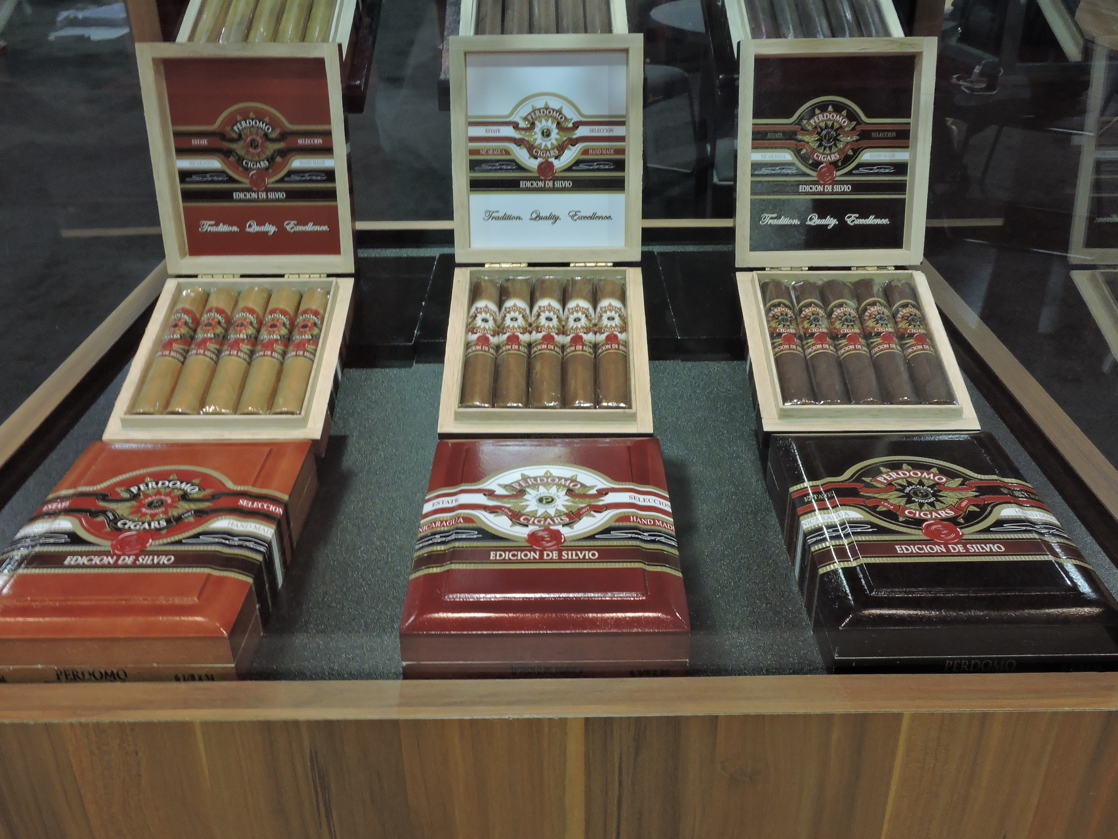Cigar News: Perdomo Edicion de Silvio Relaunched at 2016 IPCPR Trade Show