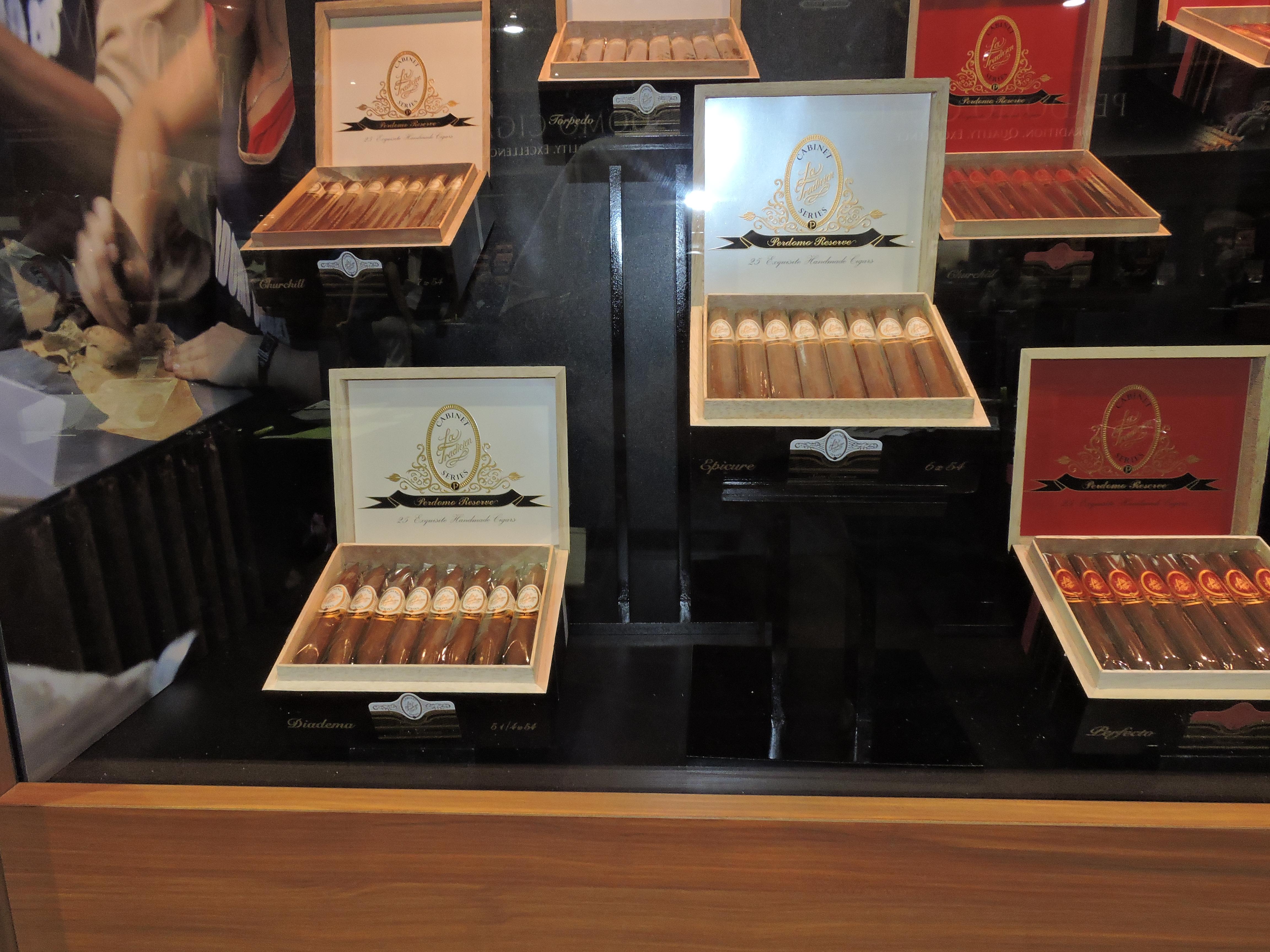 Cigar News: La Tradicion Perdomo Reserve Series Returns