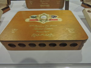 Cigar News: La Galera 80th Anniversary Box Pressed Limited Edition Unveiled at 2016 IPCPR Trade Show