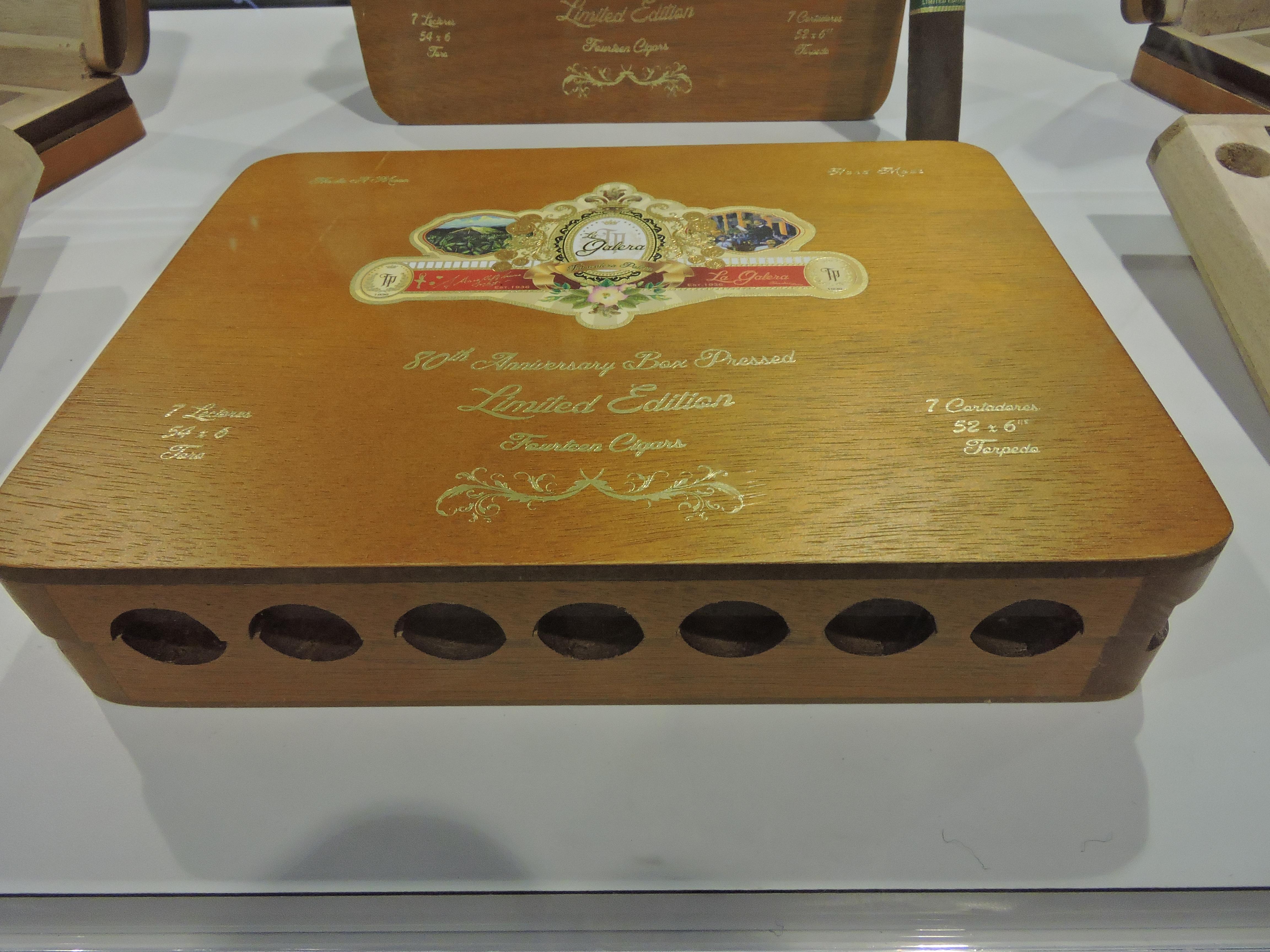 La_Galera_80th_Anniversary_Box_Pressed_Limited_Edition