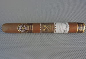 Agile Cigar Review: Espada by Montecristo Guard