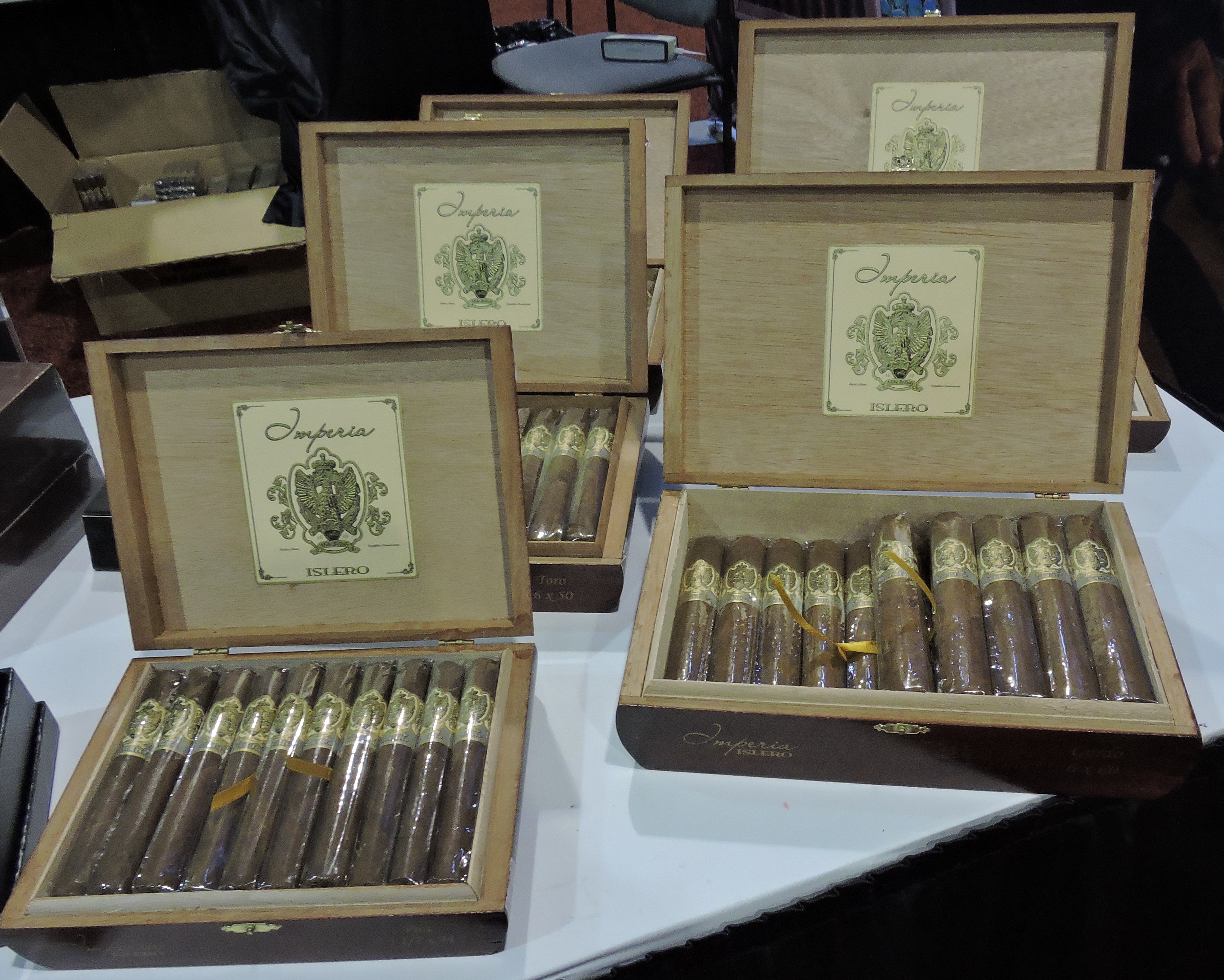 Imperia Islero by MLB Cigar Ventures