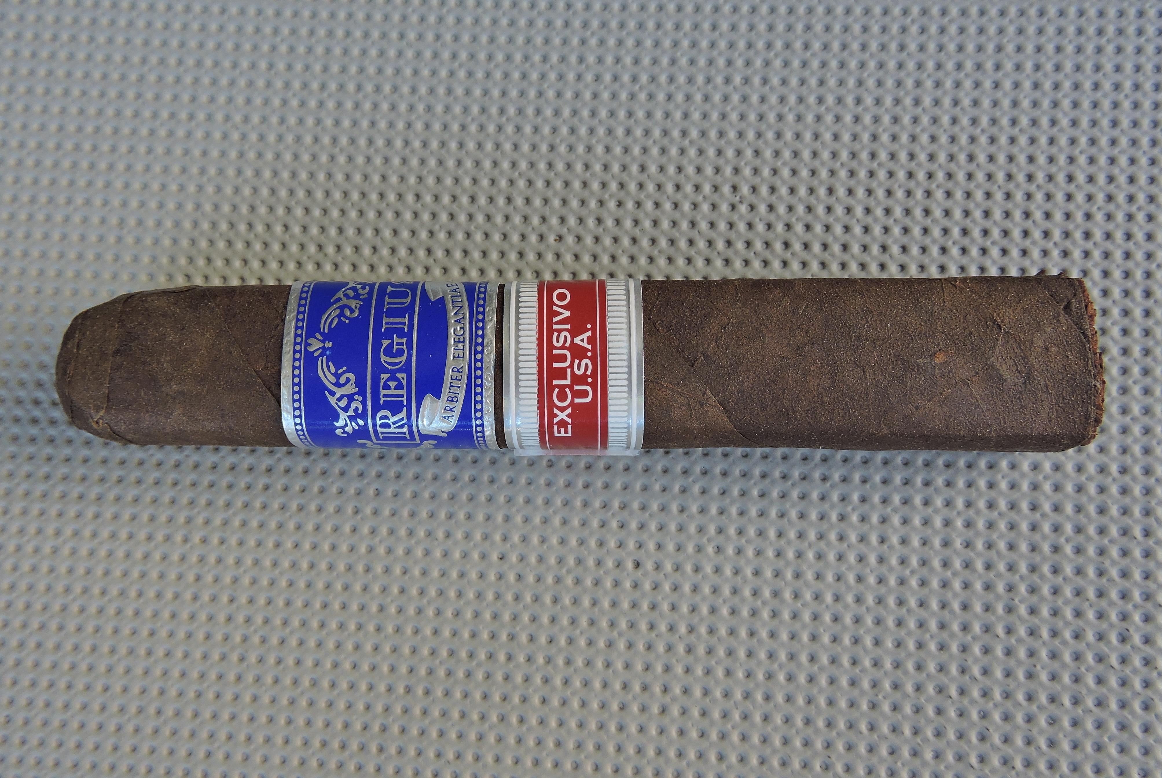Cigar Review: Regius Exclusivo U.S.A. Oscuro Especial Robusto
