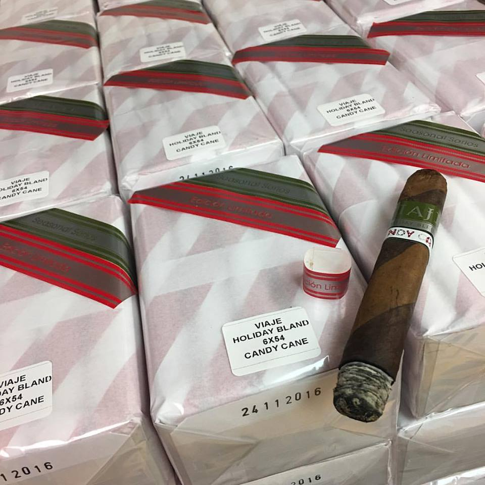 viaje_holiday_blend_candy_cane_2016