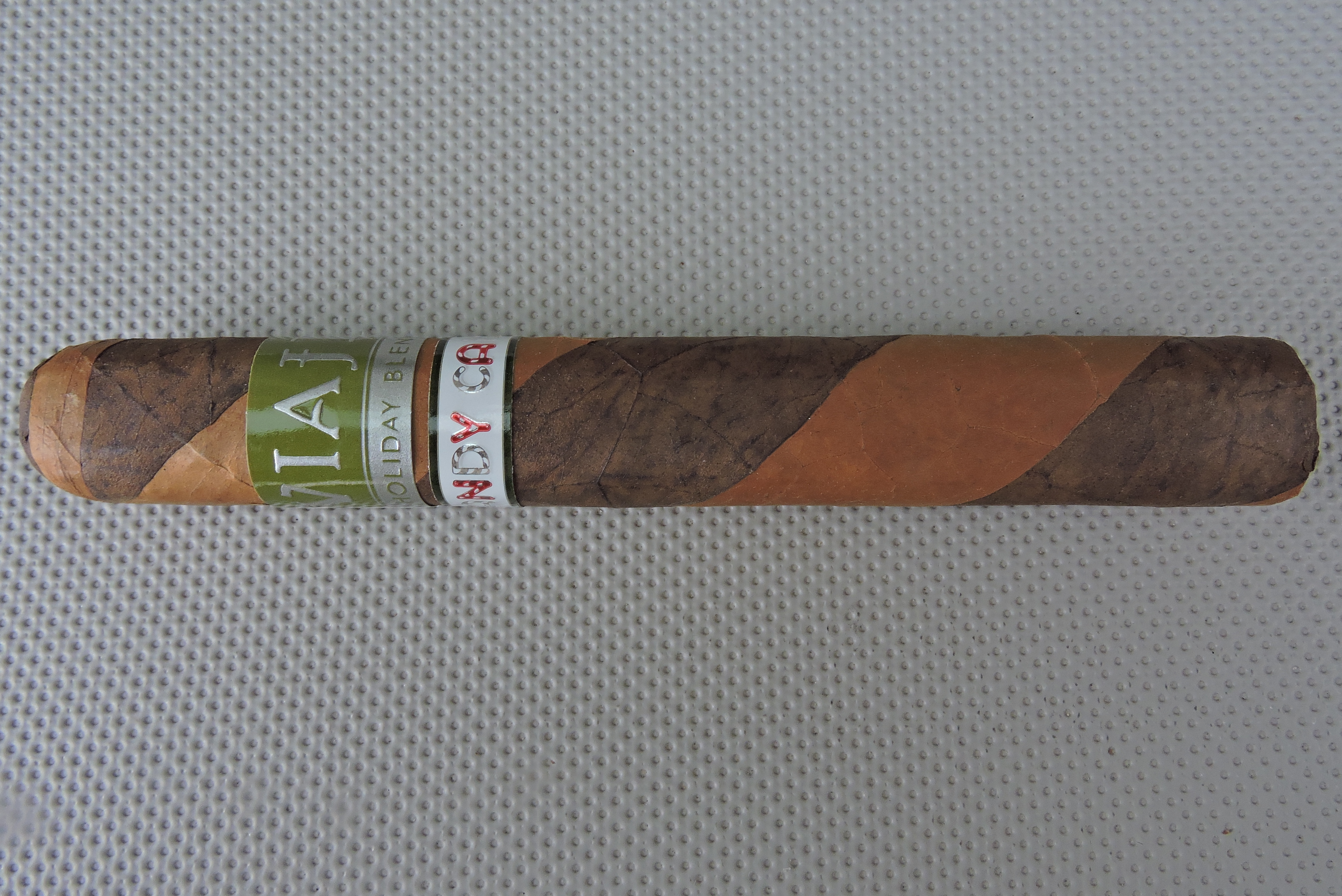 Cigar Review: Viaje Holiday Blend Candy Cane Edición Limitada 2015